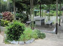 陽光台公園墓地 庭