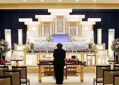 一周忌法要の流れ、喪主の挨拶・準備は?参列者の香典や服装も説明