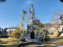 龍泉寺 のうこつぼ 境内像