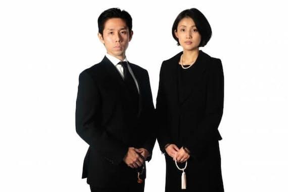 【図解】納棺立ち会い時の服装を女性・男性・子供、会場別に解説!