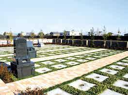 うらわ美園霊苑「永遠の絆」永代供養墓 霊園風景2