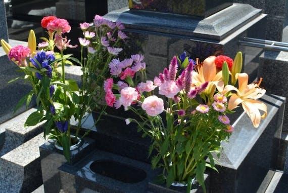 お墓参りの花