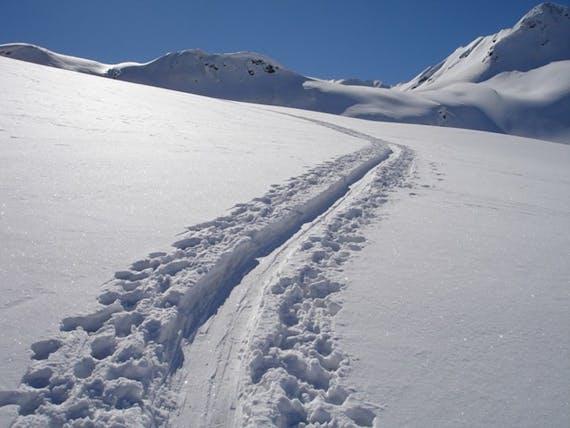 高齢者に人気の冬登山
