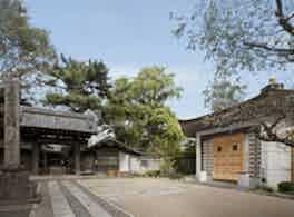 新宿琉璃殿(東京牛込琉璃殿) 外観
