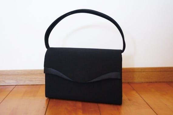 お葬式用バッグの特徴・選び方!相場や男性・女性別おすすめ商品も