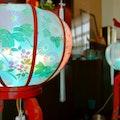 【図解】初盆・新盆の飾りとは?お供え物の飾り方や宗派ごとの違いを解説!