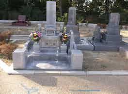 池田市営 五月山霊園 墓石