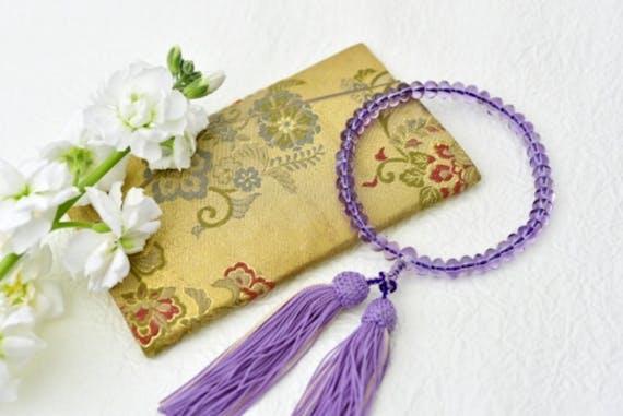 祥月命日のお布施の金額相場!袋の書き方と包み方、渡し方も解説
