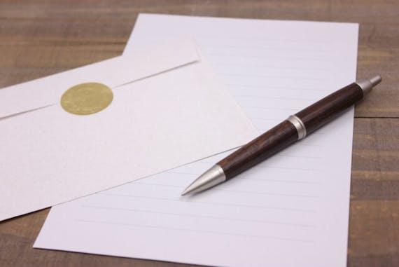 香典返しのお礼状・挨拶状の例文をはがき・手紙・メール別に紹介