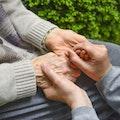 高齢者でも楽なマッサージチェアの処分方法!自力で処分可能?おすすめの回収業者も